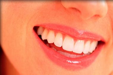 Az emberi mosoly evolúcióját kutatják