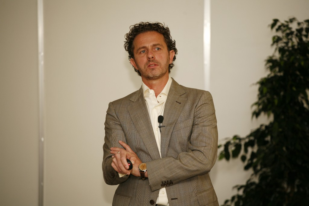 Dr. Bodrogi Attila