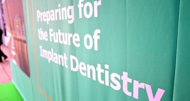 Dublini konferencia a fogászati implantátumokkal történő rehabilitáció jövőjéről