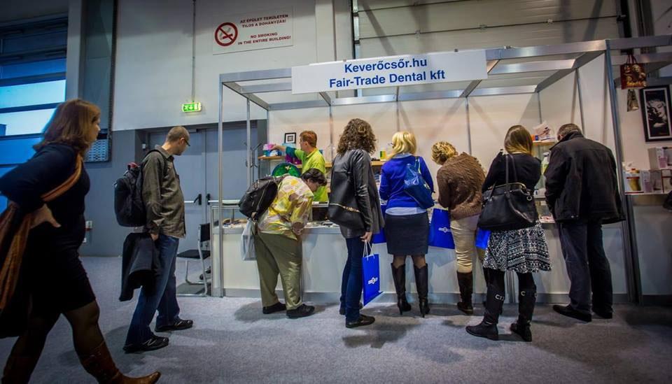 Új fogászati szaküzlet Budapesten