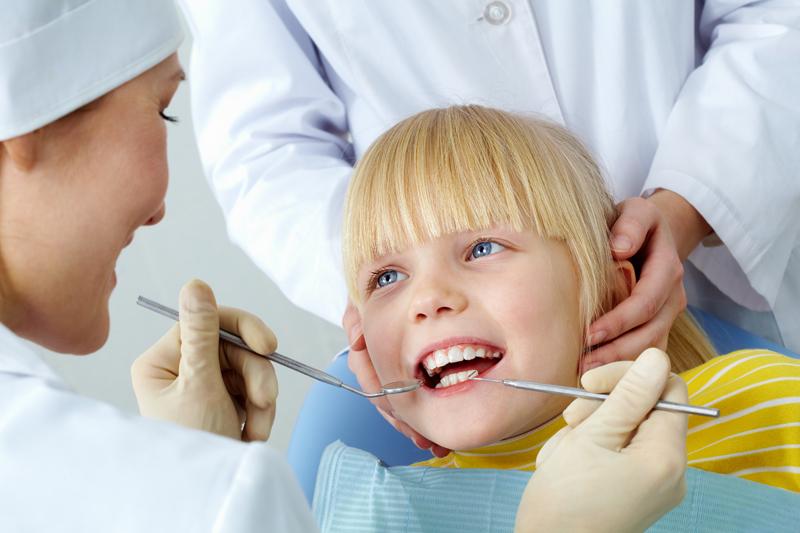 A britek fele nem jár vagy nem viszi a gyerekét fogorvoshoz