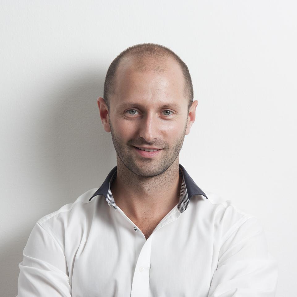 Dr. Varga Endre: Hogyan lesz egy start-up cégből a digitális fogászat  meghatározó szereplője?