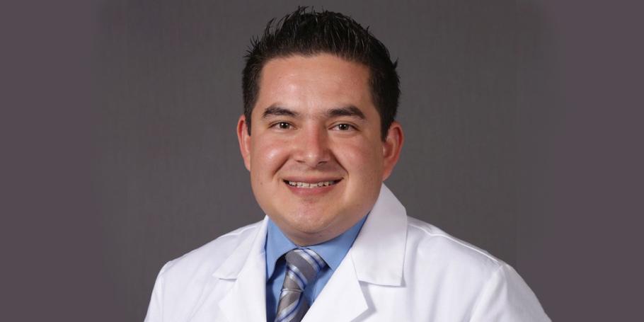 Transzlucens cirkónium implantációs fogpótlásokhoz az esztétikai zónában – videóelőzetes Dr. Carlos Juradoval