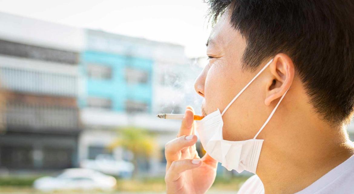 COVID-19 – a dohányosok több mint kétszer nagyobb eséllyel kerülnek kórházba, mint a nem dohányzók