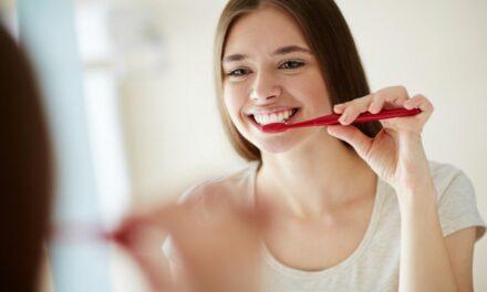 10-ből csaknem kilenc ember úgy véli, hogy a jó szájápolás előnyös az általános egészségi állapotra nézve