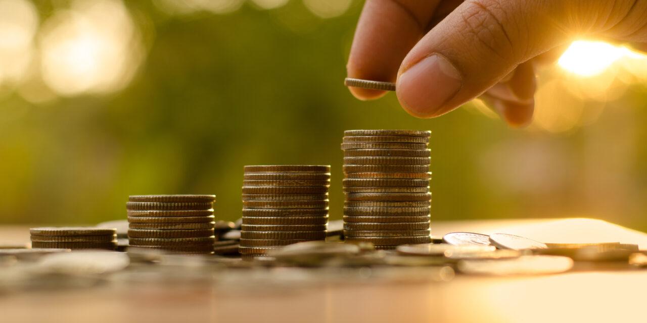 Mindent amit a pénzről tudni kell – COVID-19 járvány alatti adó kedvezmények,  pályázatok és határidő változások